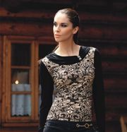 NEW WITH TAG ELEGANT BLACK BLOUSE with DESIGN SIZE  10